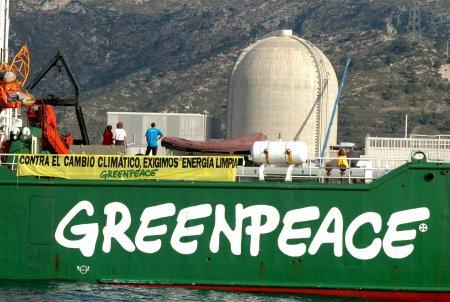 acci-n-de-greenpeace-activist-2(2)