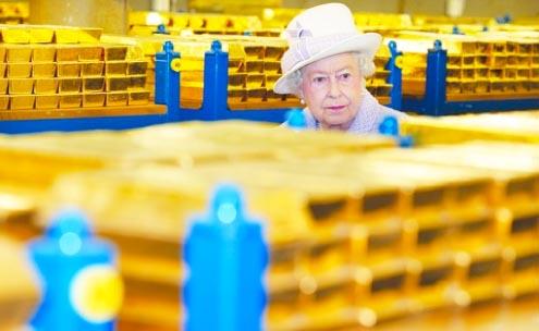 The Queen in the vault