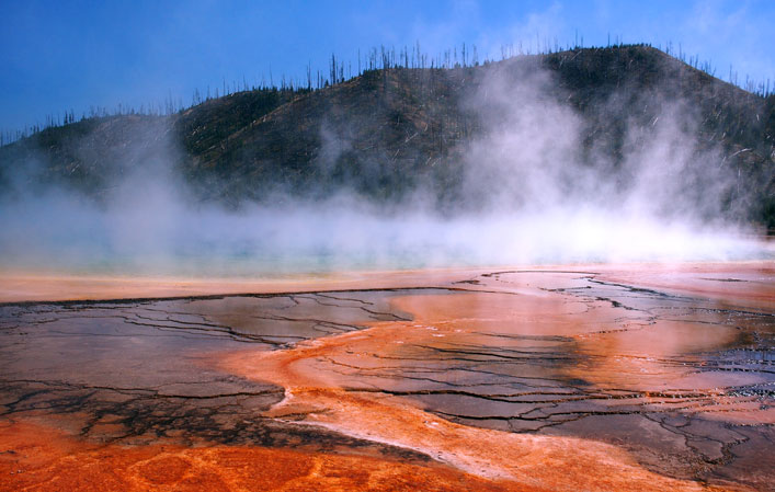 ? Geoffrey Kuchera | Dreamstime Stock Photos - Yellowstone National Park, Wyoming