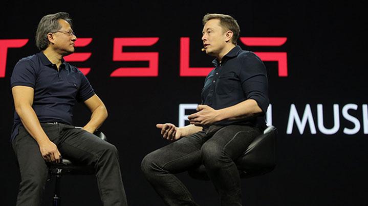 Jen-Hsun Huang az NVIDIA elnök-vezérigazgatója (balra) és Elon Musk, a Tesla első embere az NVIDIA San Jose-i konferenciáján, 2015. március 17. - Fotó: Nvidia